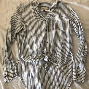 Tie front Striped high low button up top